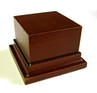 WOODEN BASE STAND Square 6x6 Hazel